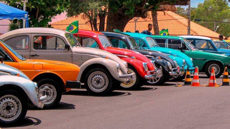 3º Encontro de Carros Antigos superou expectativa da organização com exposição de 130 automóveis