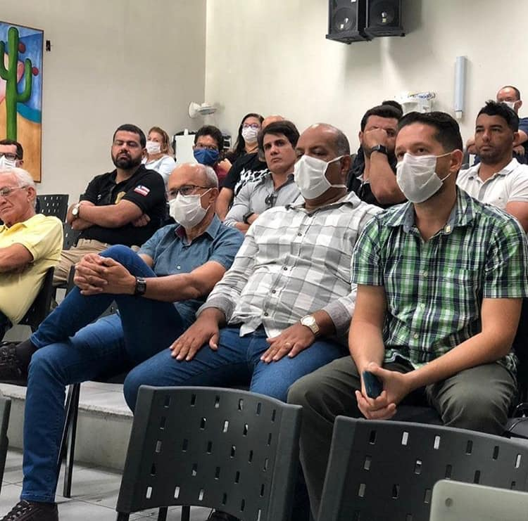 Prefeitura de Paulo Afonso decide manter fechamento de lojas