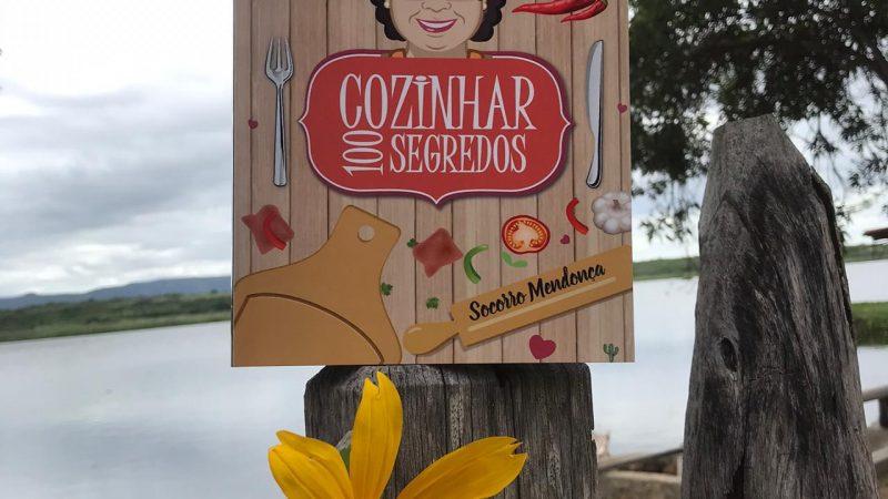 Socorro Mendonça, escritora pauloafonsina, lança livro de culinária às margens do Velho Chico