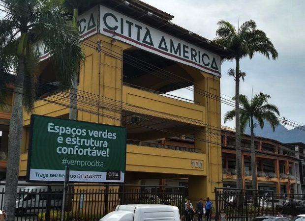 Médico é preso após sacar arma durante discussão por exame de Covid-19 com paciente no Rio