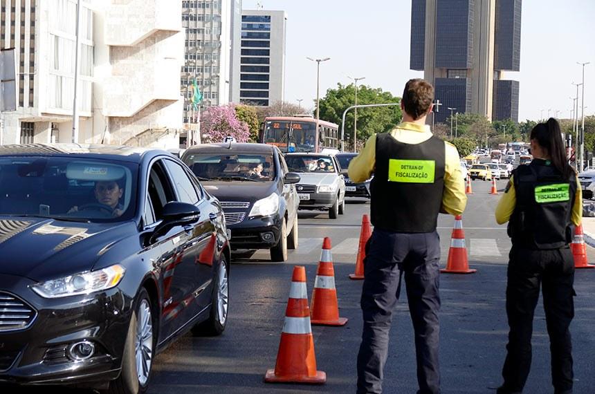 CNH terá validade de  dez anos para motoristas com menos de 50 anos de idade