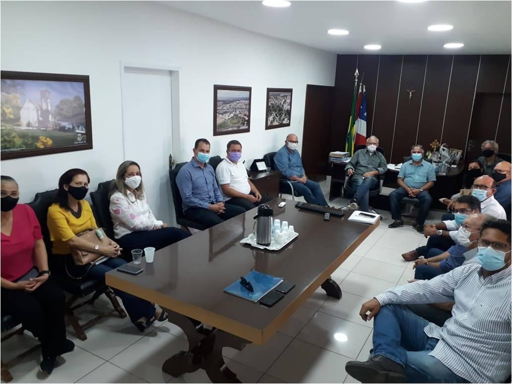 Prefeito Luiz de Deus reúne secretariado para avaliar gestão