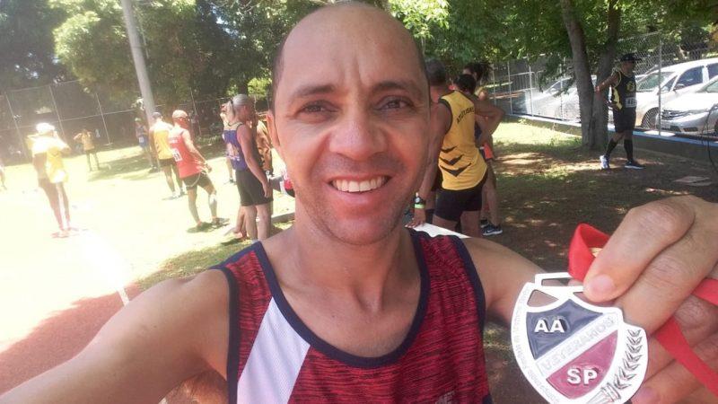 O pauloafonsino Cícero Clebson é campeão paulista de atletismo