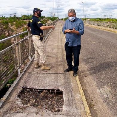 Vice-prefeito faz vistoria na Ponte D. Pedro II (Ponte Metálica) e cobra providências do governo federal
