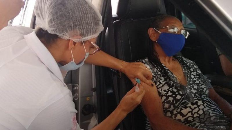 Secretaria de Saúde destaca números positivos da vacinação de idosos a partir de 90 anos contra a covid-19