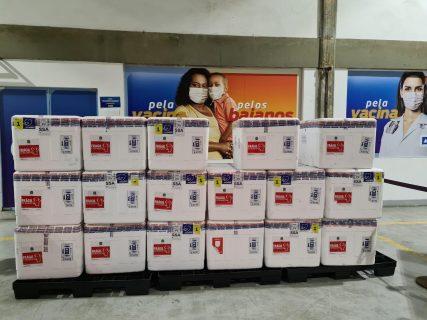 Bahia recebe mais de 186 mil vacinas contra a Covid-19